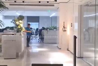 通电调光玻璃